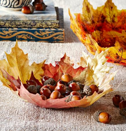 Festive, easy fall decorations can be used to spice up your home.