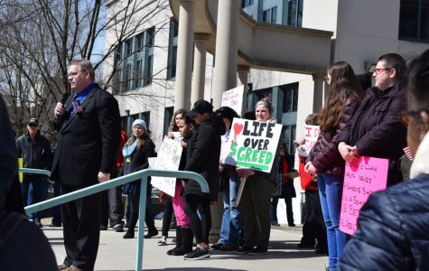 March For Our Lives rally draws hundreds to Beaver Courthouse