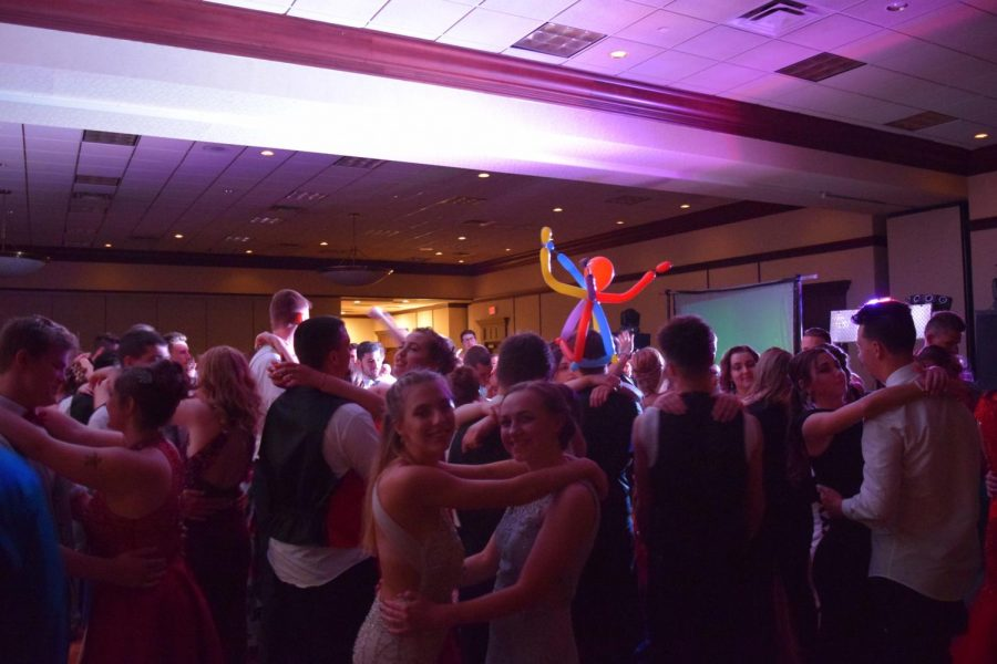"""Students dance to """"Cotton Eyed Joe"""" at the Great Gatsby Gala on May 11."""
