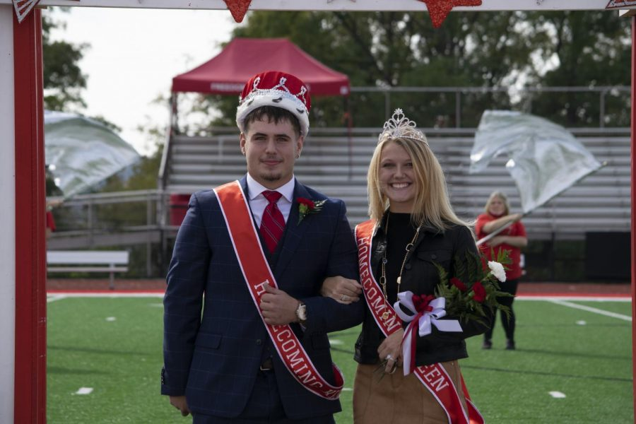 David Martsolf and Courtney Grunnagle are crowned 2020 Homecoming King and Queen.