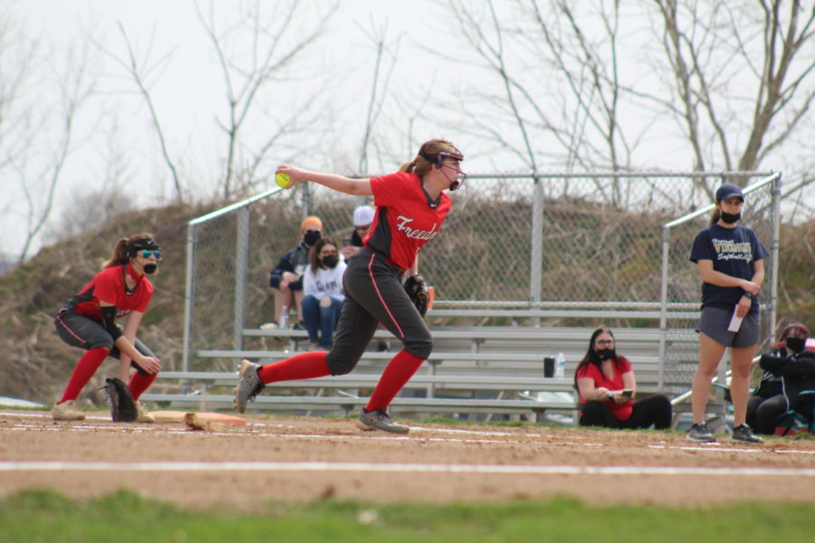Sophomore+Kiersten+Ferrell+delivers+a+pitch+against+Hopewell+on+March+27.